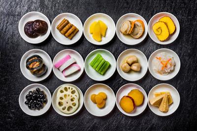 海外にも、おせち料理のようなものはあるのか、気になったことはありませんか?
