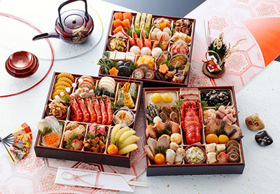 東観荘のおせち料理「華寿千」